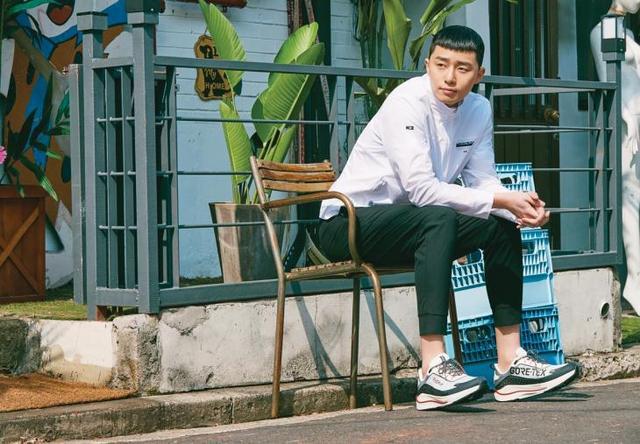 韩国艺人朴叙俊最新代言宣传照曝光